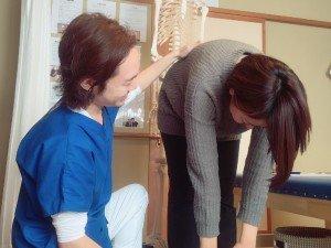 腰痛の原因を検査 上田市 整体 腰痛