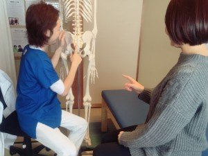 腰痛の原因を説明 インフォームドコンセント 上田市 腰痛